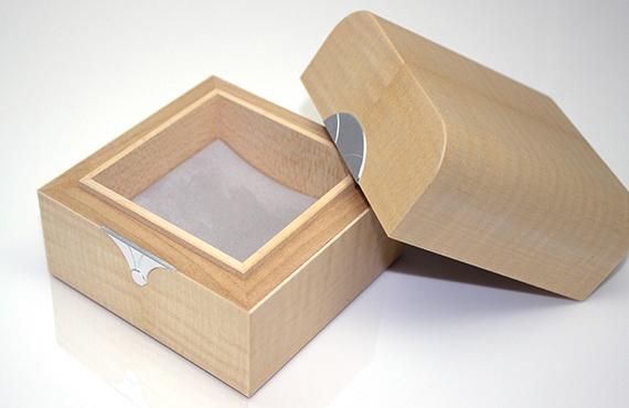 sycamore trinket box with grey interior
