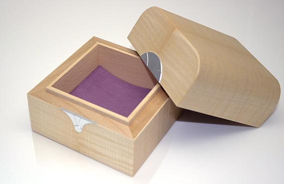 Trinket Box in Ripple Sycamore